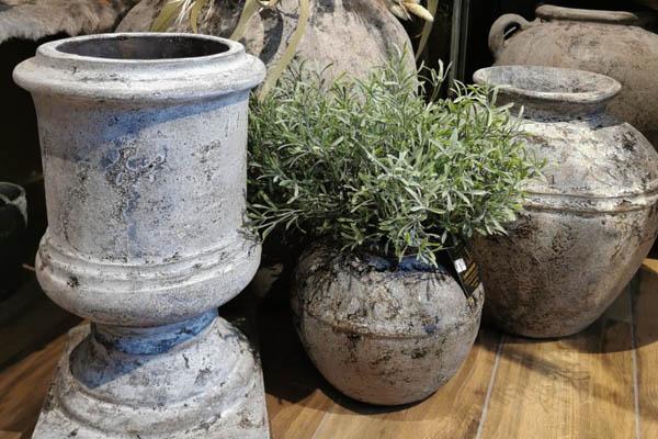 pot-ton-betonlook-cement-landelijk-sfeer-plant